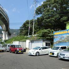 停めにくそうな駐車場