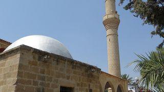 ヤニカミ モスク