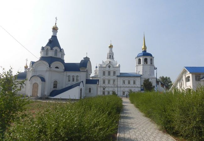 アヂギート リエフスキー聖堂