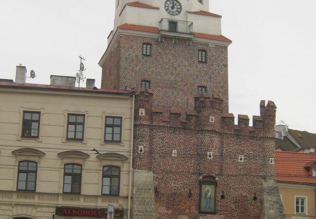 旧市街地の南の門です。
