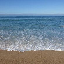 海水の透明度はまあまあですね。