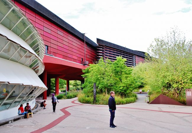 ジャック・シラクがプロデュースした世界第一級の民芸博物館