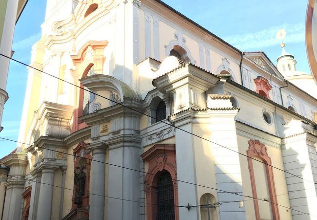 聖トマーシュ教会>