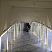 カラトラバの名建築