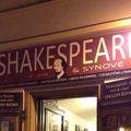 写真:シェイクスピア アンド サンズ ブックストア アンド カフェ