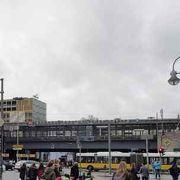 市内西側の大きな駅