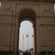 インド門は門ではなく慰霊碑でした