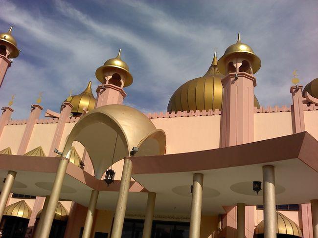 クチン モスク