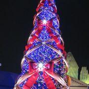 見納めの世界最大のクリスマスツリー!