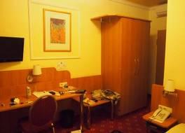 ホテル ケーニヒスホフ 写真