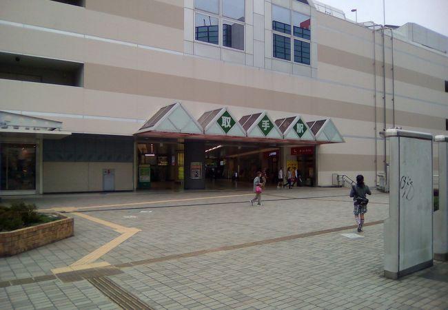 駅直結型ショッピングモール BOXHILL