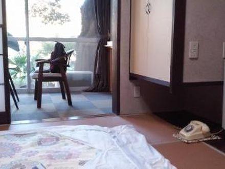 割烹旅館 新花の茶家 写真