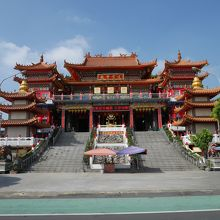 かなり大きいお寺です