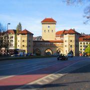 旧市街を守るための城壁
