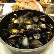 ムール貝をお腹いっぱい食べれます。