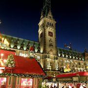 バッキンガム宮殿より部屋数の多いハンブルク市庁舎