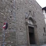 フィレンツェで一番古い教会。