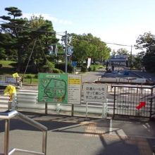 交通広場でも遊具施設が楽しめます