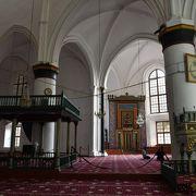 上手く改装してある元教会建築