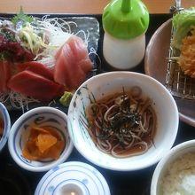 刺身+アジフライ定食