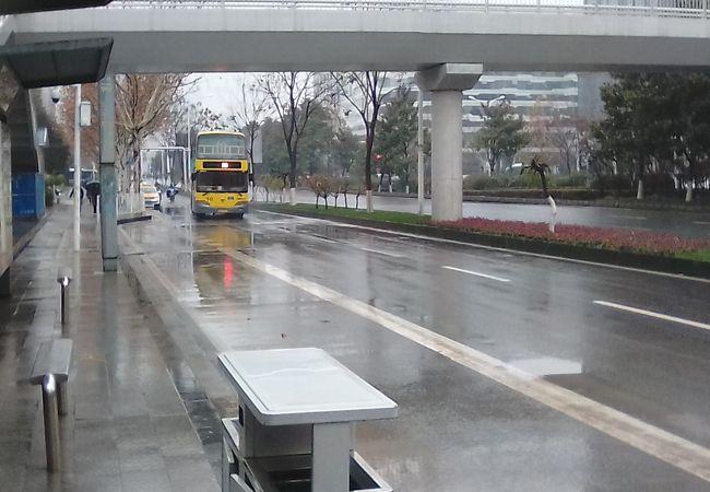 武漢 バス