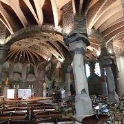 モンセラットへ行く途中にあるガウディ作の教会