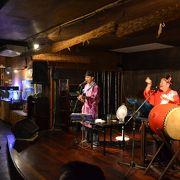 三線ライブで沖縄気分を味わえます