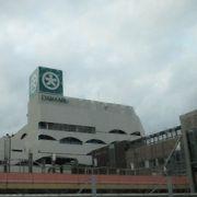東京ではお馴染みの大丸の下関駅前店です。