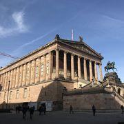 旧博物館  美術館です