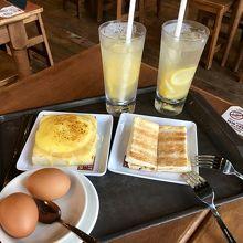 ハムチーズとカヤトースト