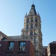 14世紀の市庁舎