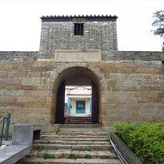 (香港)19世紀初頭に建てられた砲台