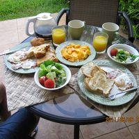 毎朝ラナイで朝食を