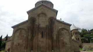 サムタヴロ教会 修道院