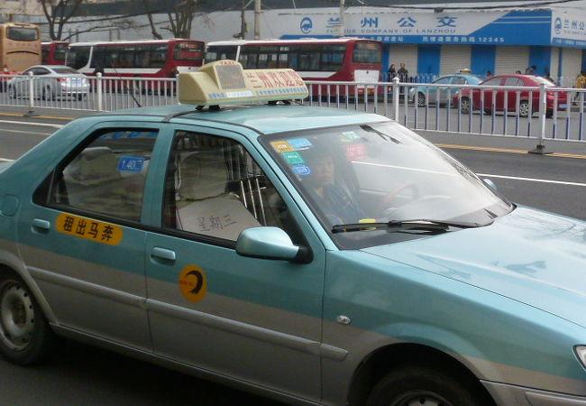 タクシー (張掖市)