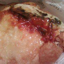 チーズブレッド、ラタトウーユチキンを買ってみました。