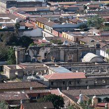 カプチナス修道院