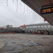 バスターミナルからホテルまで利用(タリンのタクシー)