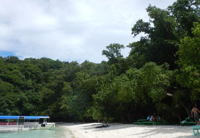オモカン島