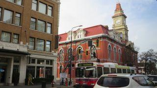 ヴィクトリア市役所