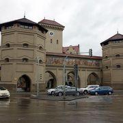 城塞都市の門