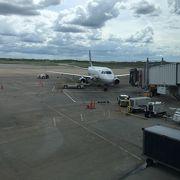アメリカの地方空港にしてはでかい