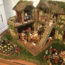 個人製作のレトロな家。昔ながらの素朴な暮らし。