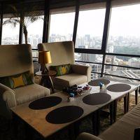 39階のクラブラウンジ。飲み物、軽食があり便利です。