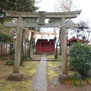 海隣寺敷地のすぐ横にある小さな神社です