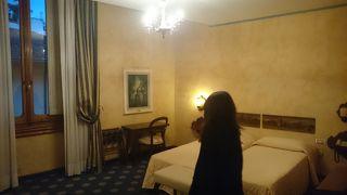 ホテル クローチェ ディ マルタ