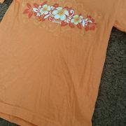 子ども用のテイシャツを購入