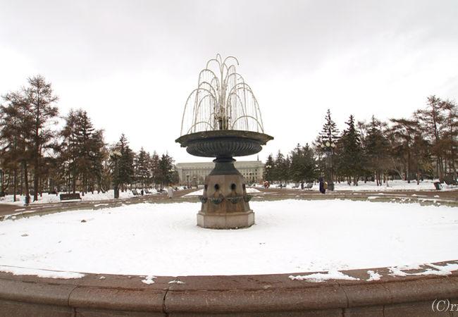 イルクーツクの町の中心にあります。