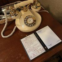 宿泊部屋の電話