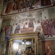 ミケランジェロの弟子入りしたドメニコギルランダイオのフレスコ画